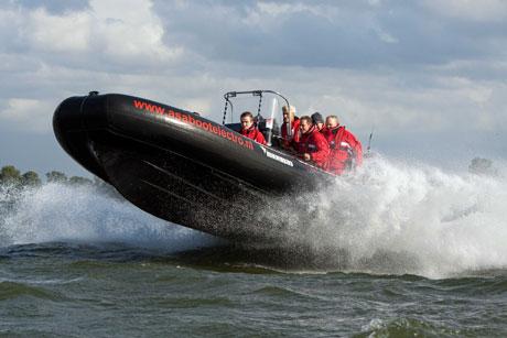 RIB varen Volendam