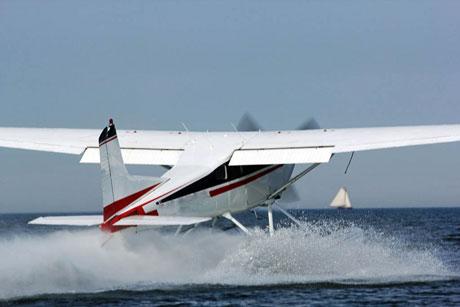 Watervliegtuig huren
