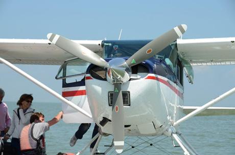klein watervliegtuig voorkant