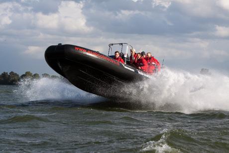 Rib varen in Muiden op het IJsselmeer - vastgelegd door een professioneel watersportfotograaf