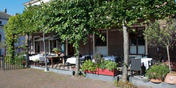 Restaurant de Doelen aan de Sluis