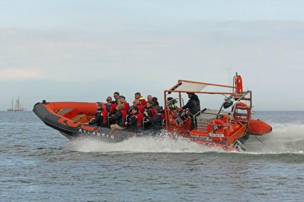 RIB varen naar Volendam