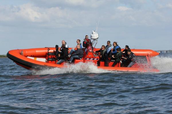 We varen met de RIB naar Volendam